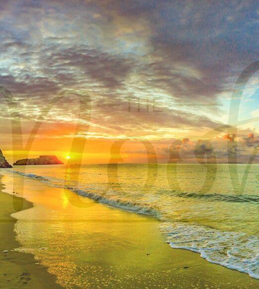 Sun Kissed Seas and Mackeral skies
